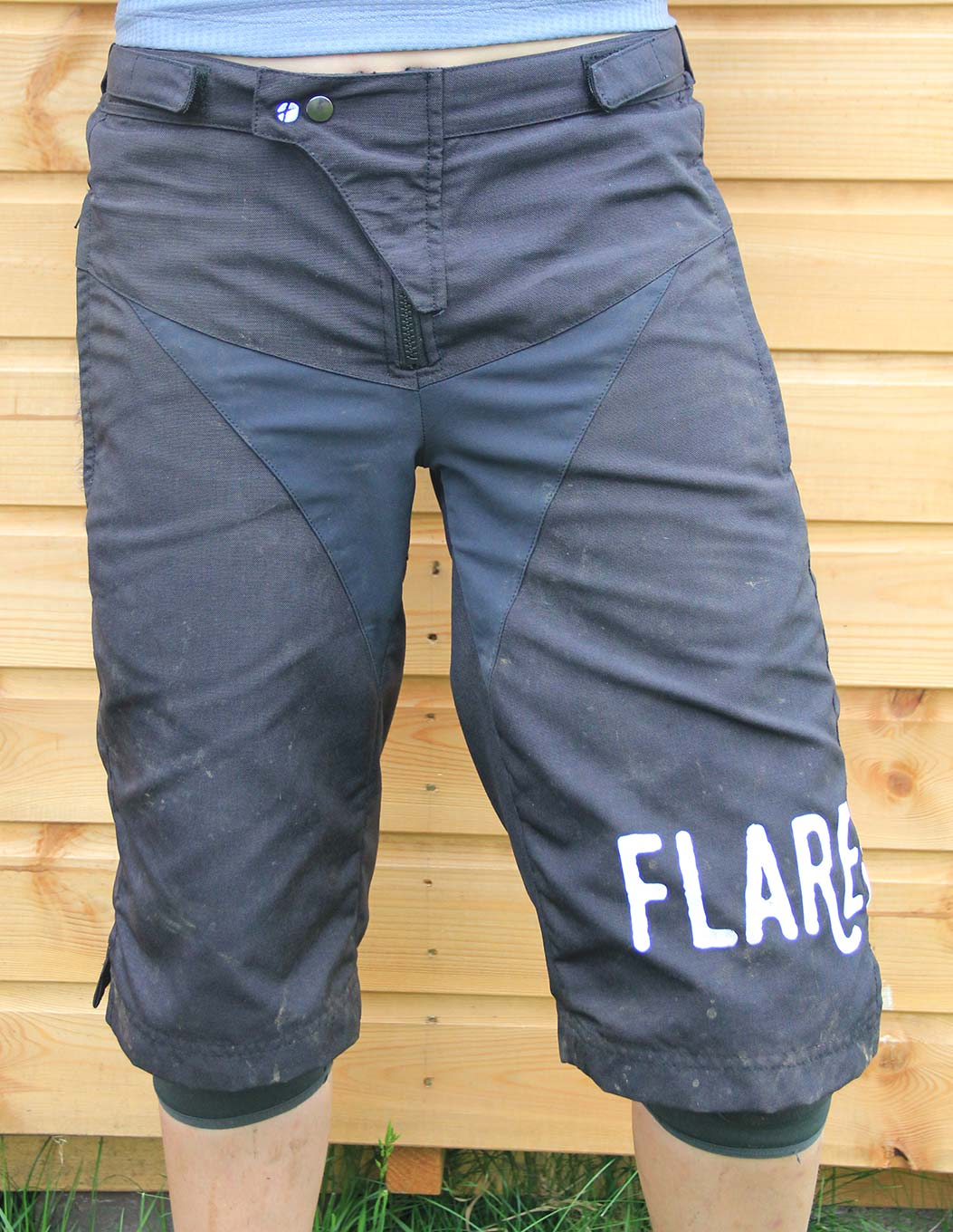 Flare Roost Downhill Short women's mtb clothing 2018