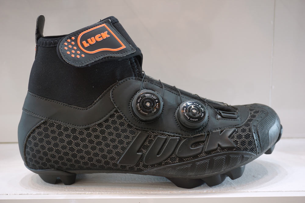 luck artico and artix winter road and mountain bike shoes
