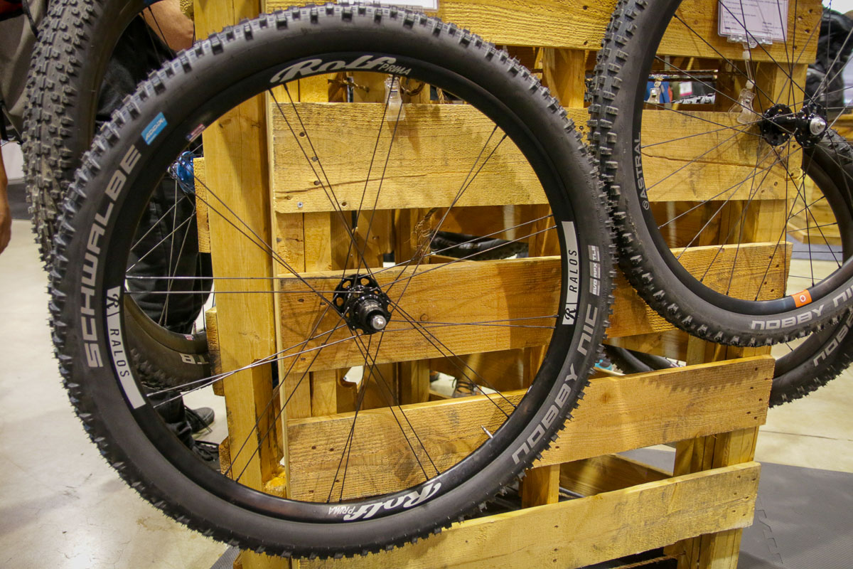 Rolf wheels continue evolve with wider rims & more disc brake, tubeless options