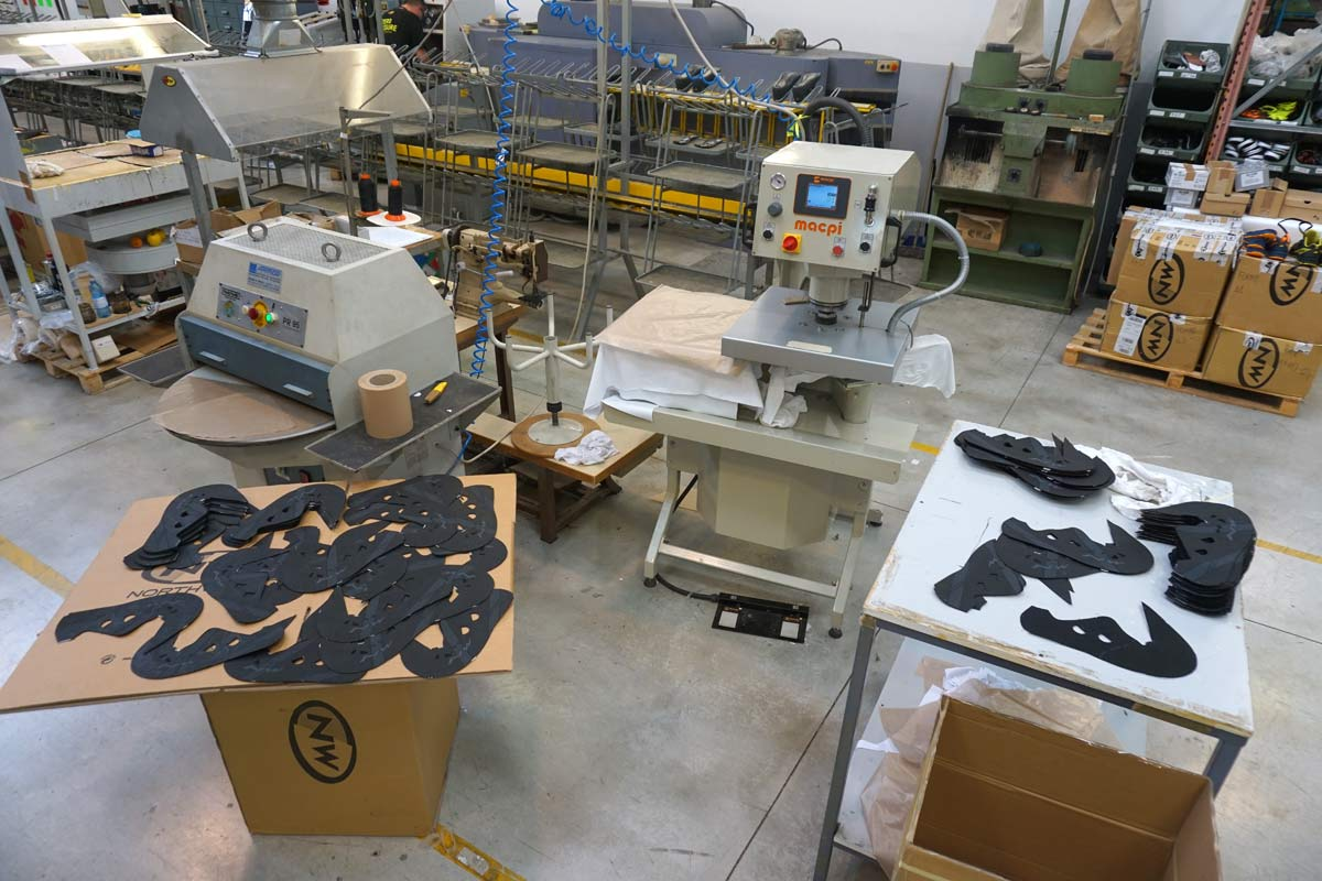northwave cycling shoes factory tour shows how cycling shoes are made