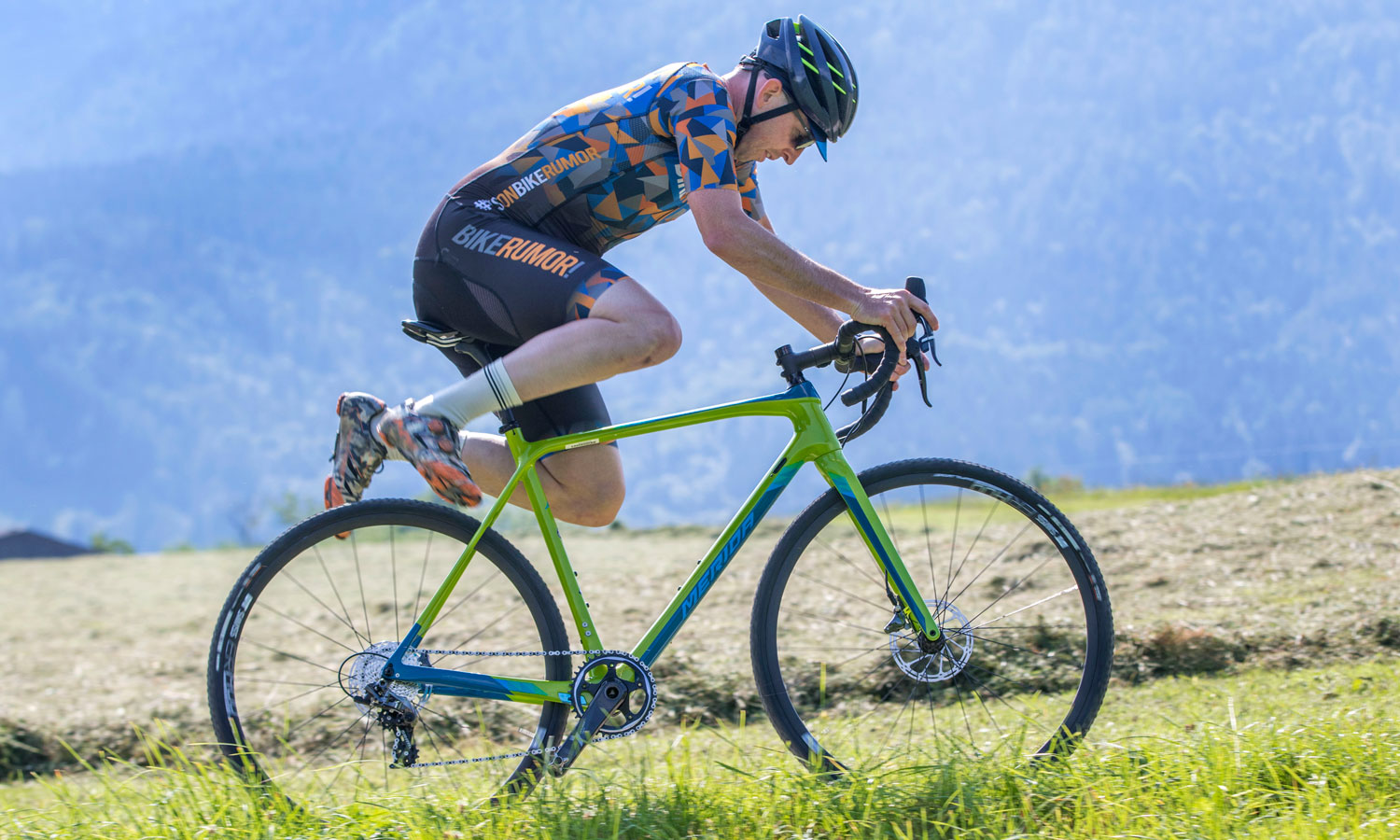 2019Merida Mission CX 800 carbon cyclocross race bike, photo by Paul Box of framedogs.com