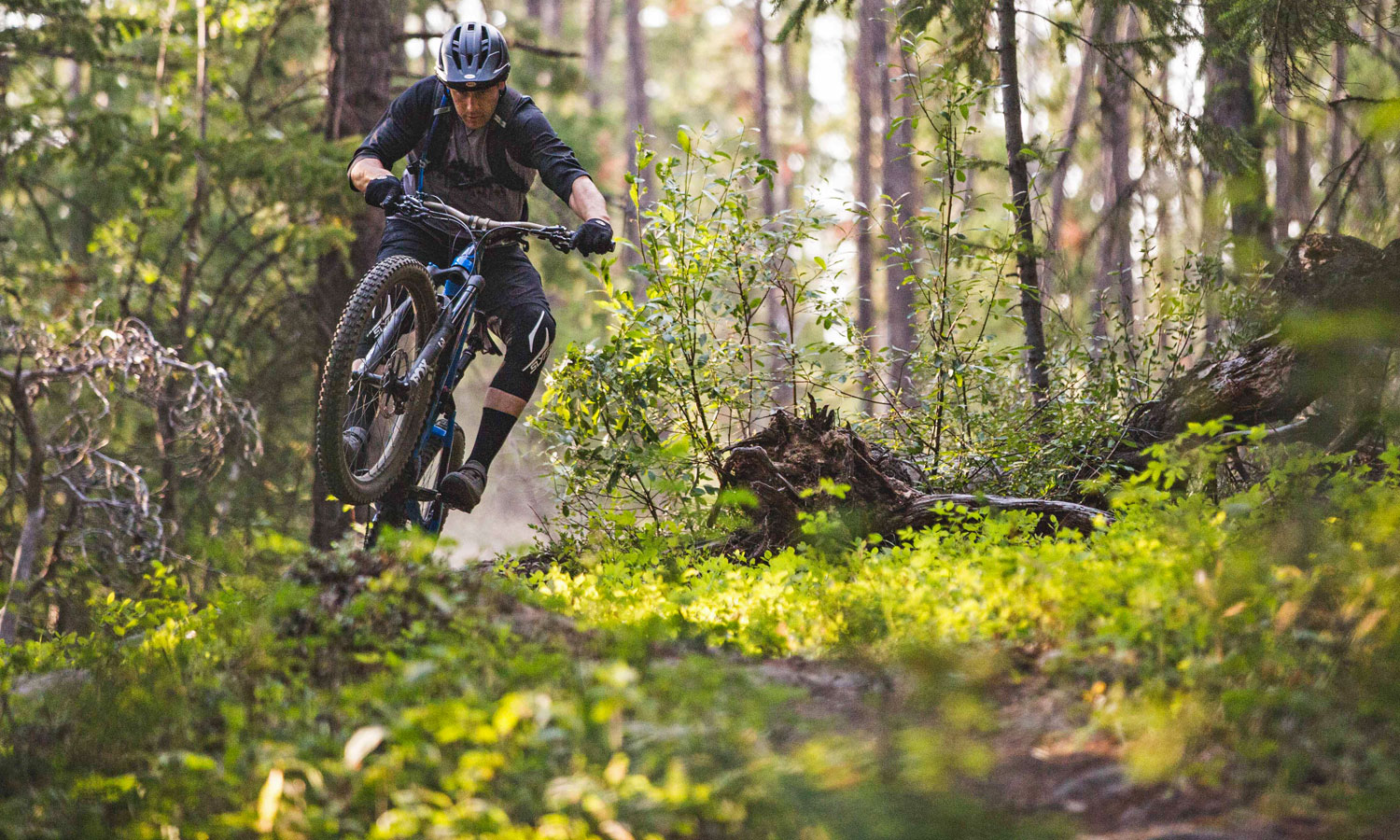 Norco Sight VLT all-mountain e-bike gets a boost to expand your trail range  - Bikerumor