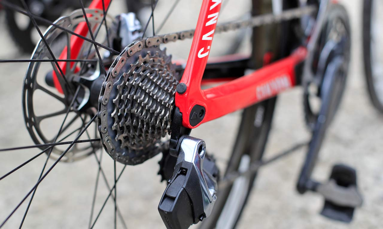 Sneak Peek: SRAM Red eTap 12 speed road prototypes, Quarq power