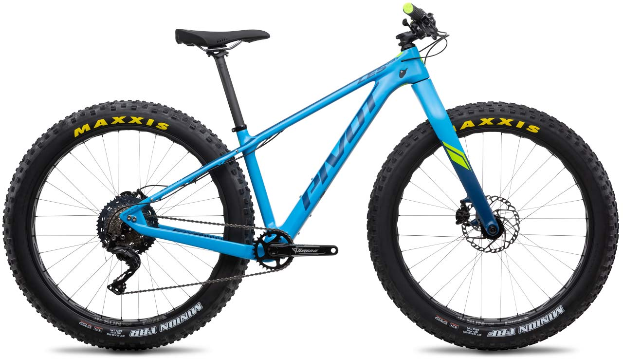2019 Pivot Les Fat 275 plus fat bike with carbon frame and fork