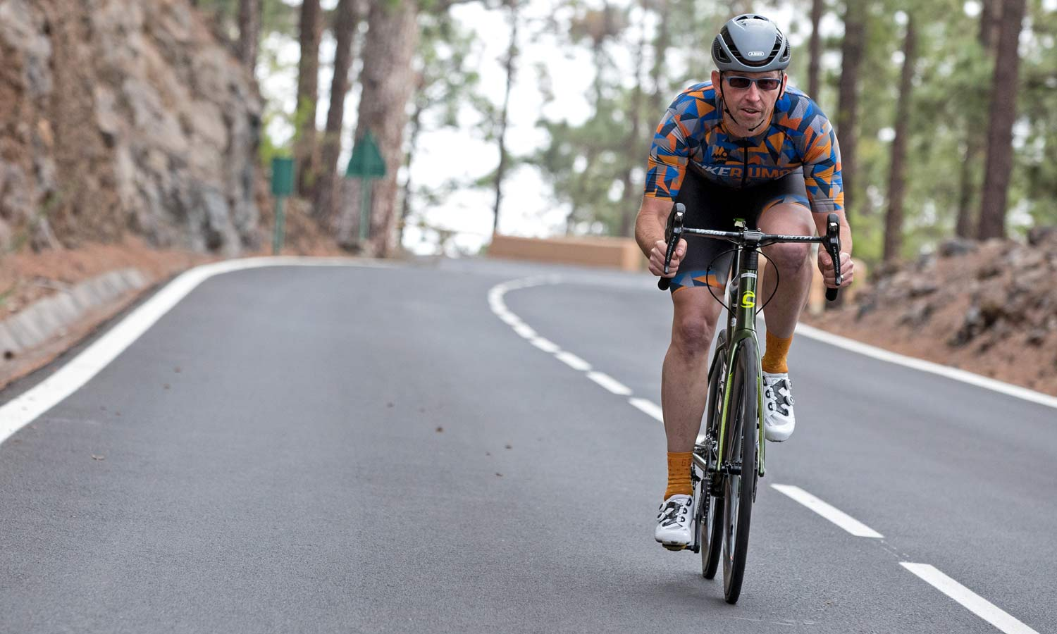 Continental GP 5000 TL all-around performance road tubeless tires, photo by James Cheadle