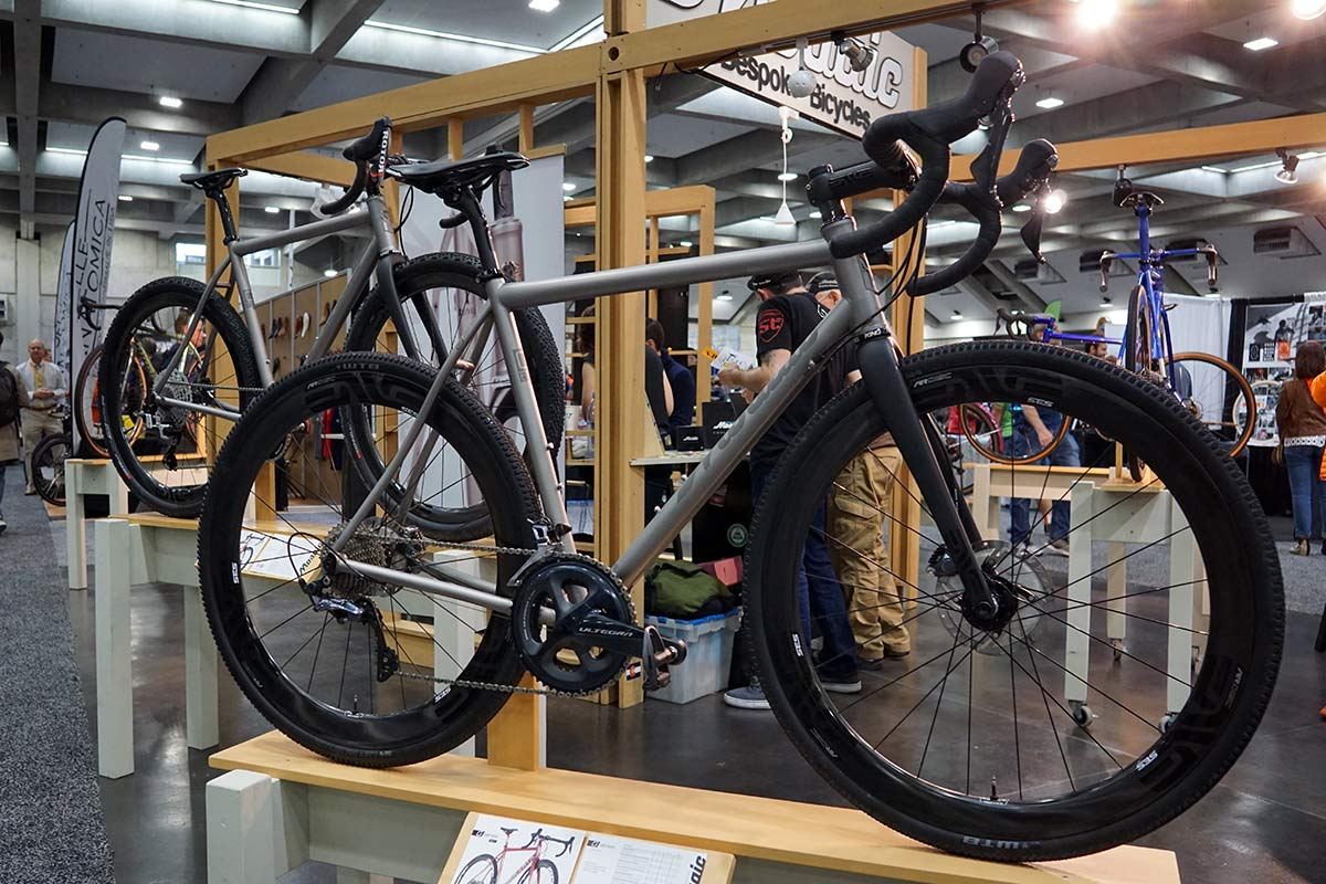 Mosaic GT1 gravel road bike now fits larger tires