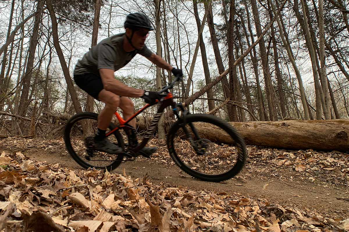 0975b1a22614 Review: Canyon Neuron AL trail mountain bike is easy to ride, hard ...
