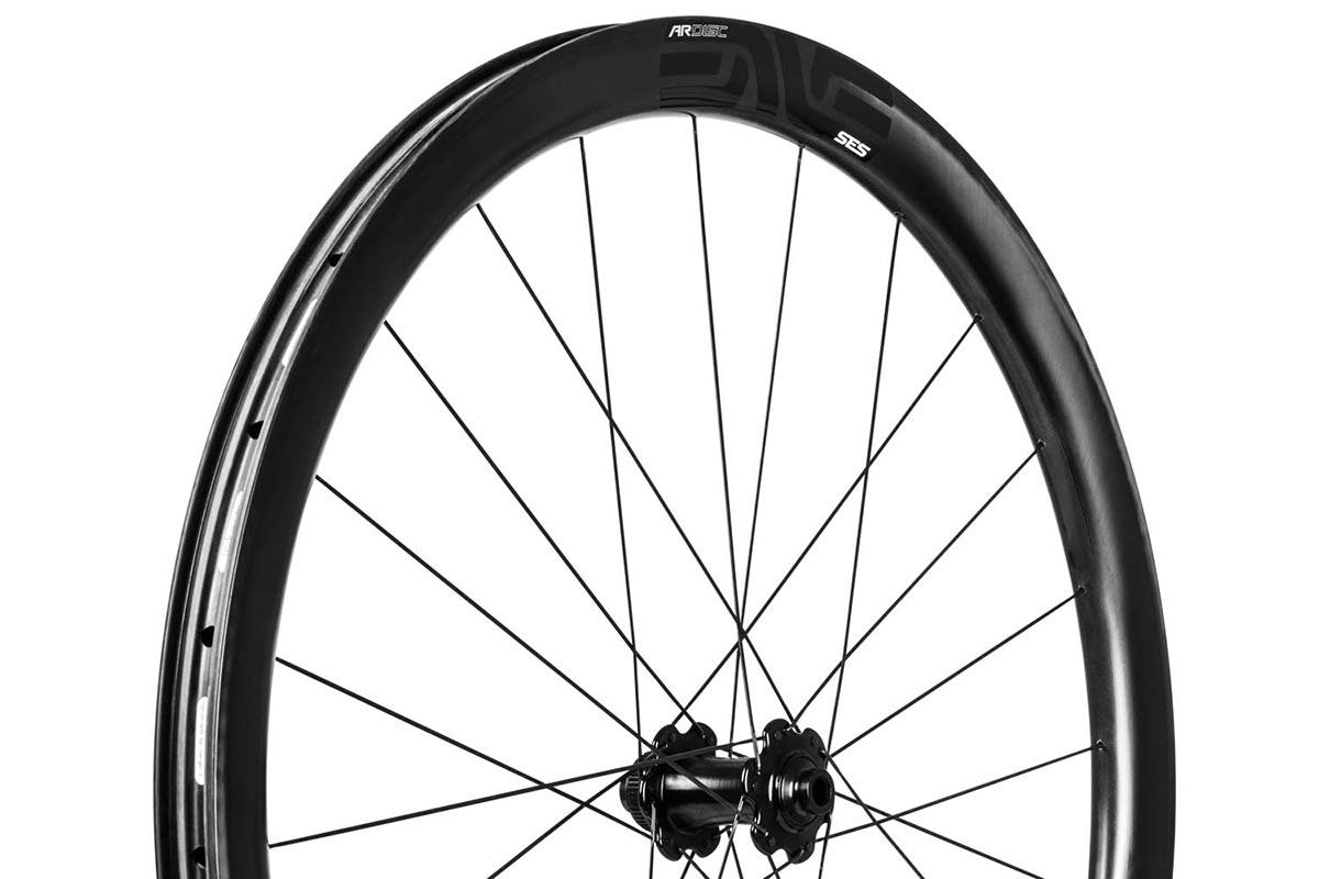 enve ses 34 ar shallow aerodynamic road tubeless carbon disc brake wheels for all road bikes with wider tires