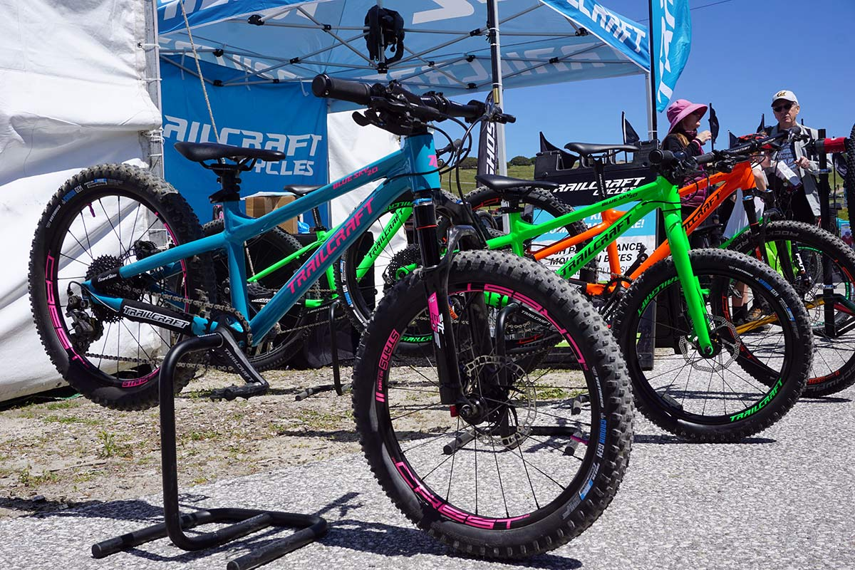 ae0c09891f4 Trailcraft Cycles adds 20″ Blue Sky, Maxwell 26 Plus kids mountain bikes;  prototype Reba fork!