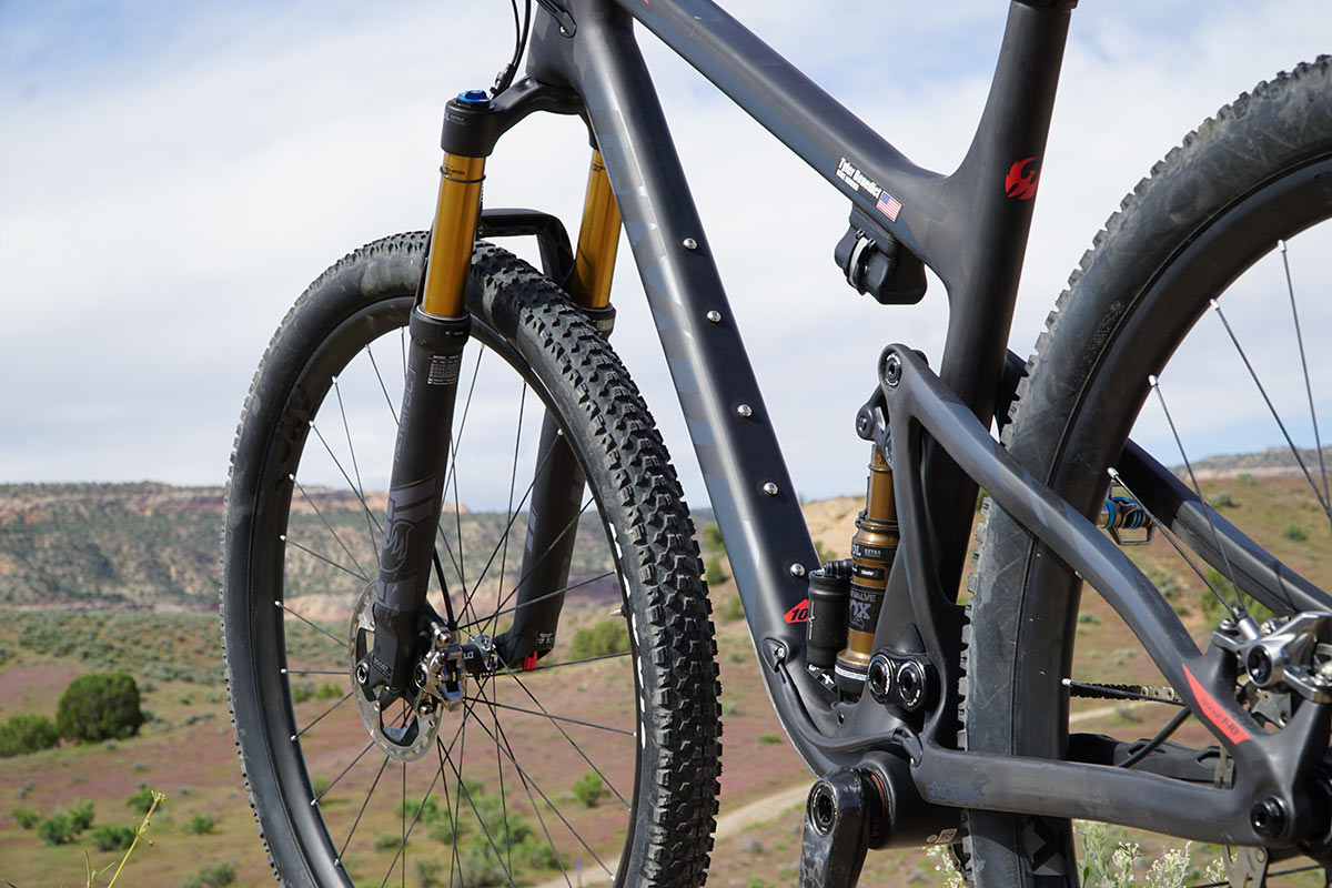 new pivot mach 4 sl 29er xc race full suspension mountain bike tech details and features