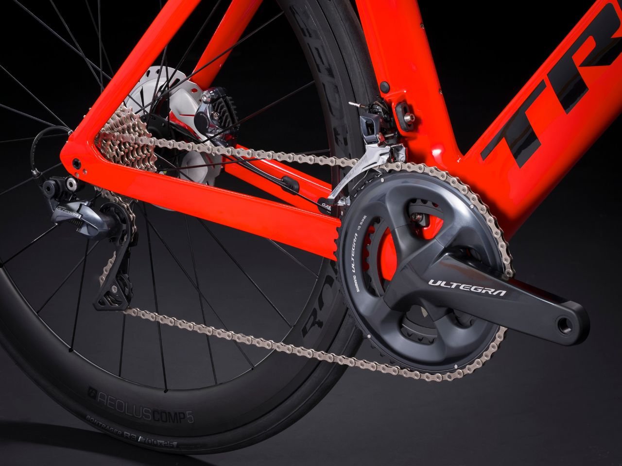 Trek lays up OCLV 500 carbon fiber to lower the entry point on new Madone SL