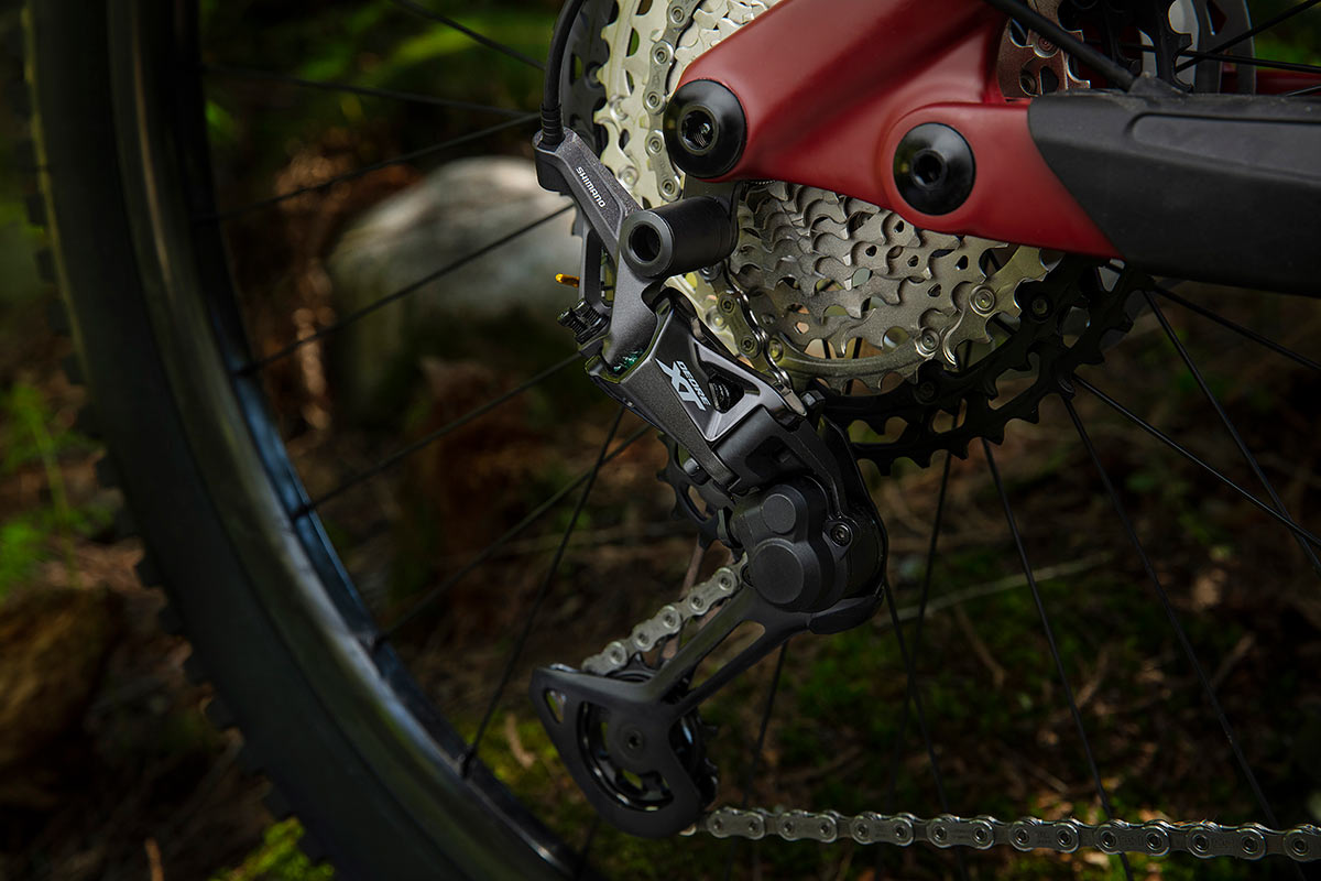 closeup photo of new shimano xt m8100 rear derailleur