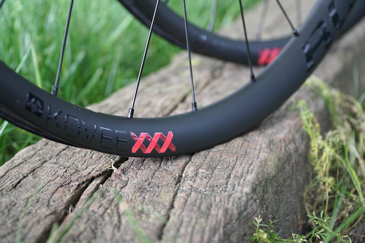 Bontrager Kovee X X X Ultralight Properly Wide Xc Mountain Bike Wheels Hit 1290g Bikerumor