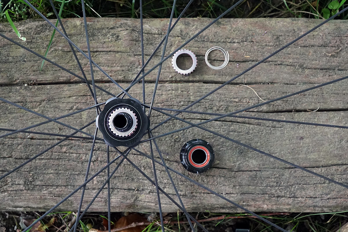 first look at new Bontrager Kovee XXX ultralight and wide xc mountain bike wheels tech details and actual weights