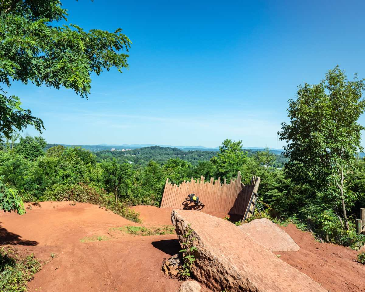 bikerumor pic of the day devil's racetrack downhill mountain bike trail in knoxville, tennessee.
