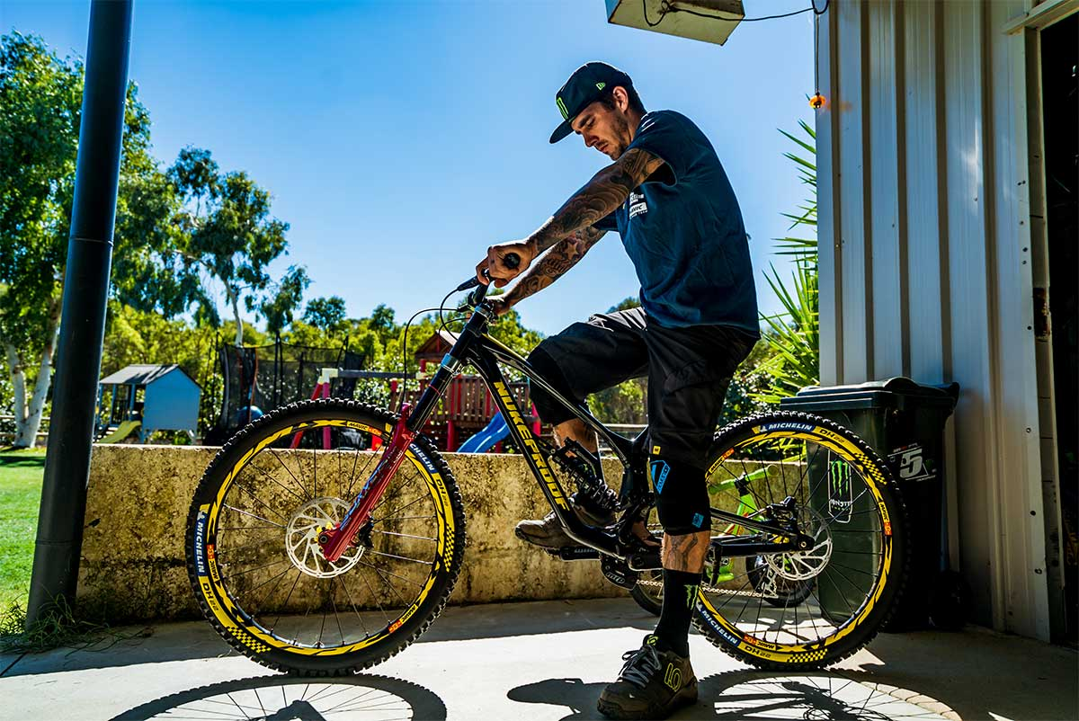 Nukeproof-Dissent-Downhill-Mountain-Bike-2019-Sam-Hill