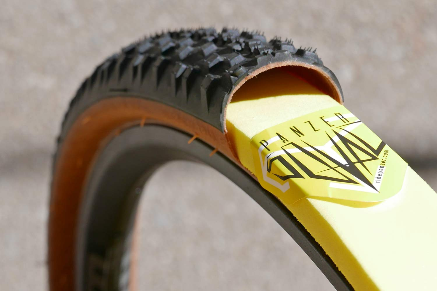 Panzer shapes up anti-flat tire inserts for gravel, adds slick new sealant - Bikerumor