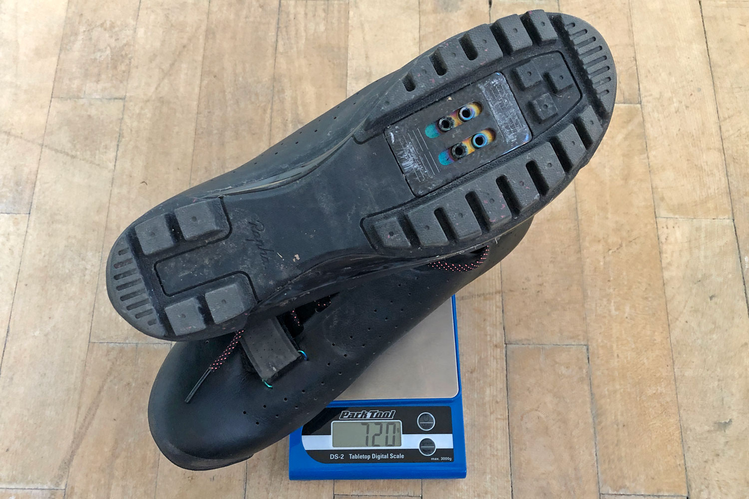 Rapha Explore shoes, carbon-soled off-road gravel adventure bike riding shoes actual weight