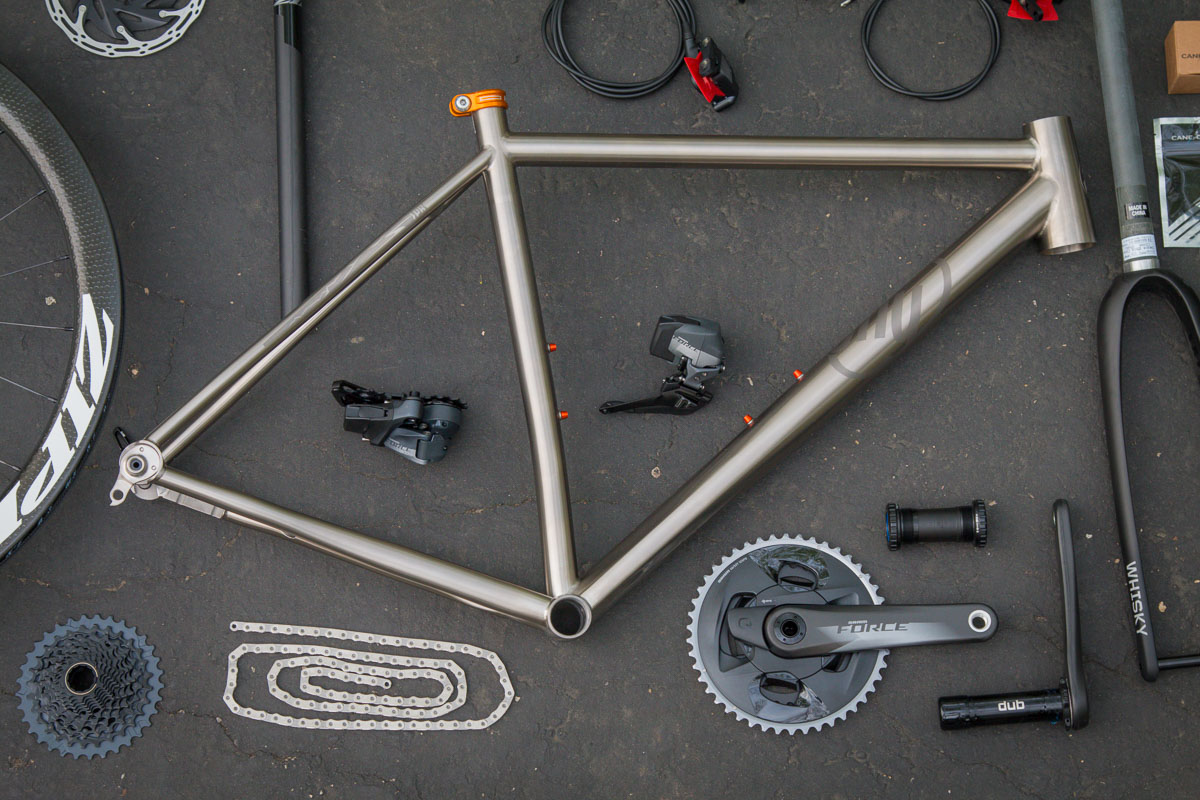 Hands on: Actual weight of the new SRAM Force eTap AXS 2x12