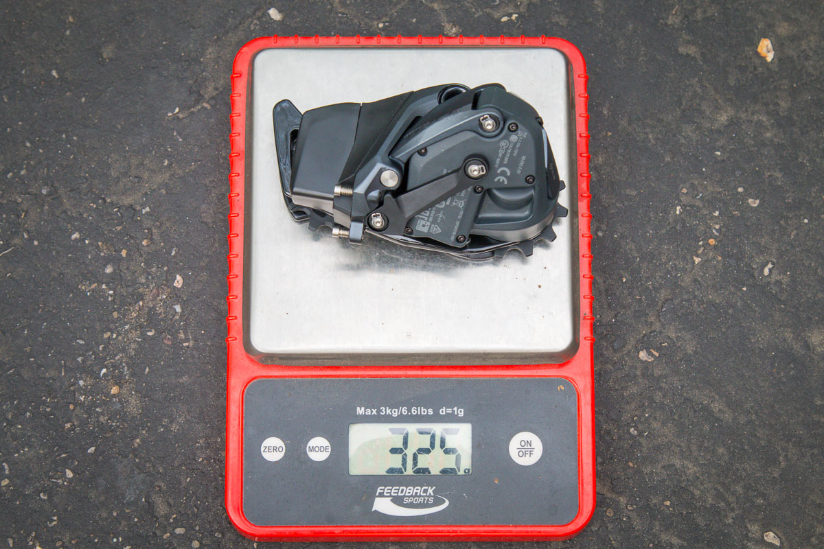 Hands on: Actual weight of the new SRAM Force eTap AXS 2x12 road group