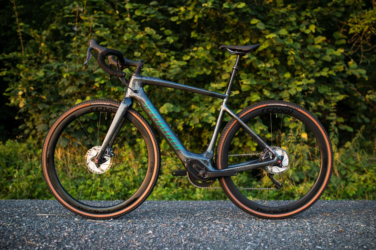 Specialized Turbo Creo SL uses stealth e-system with crazy