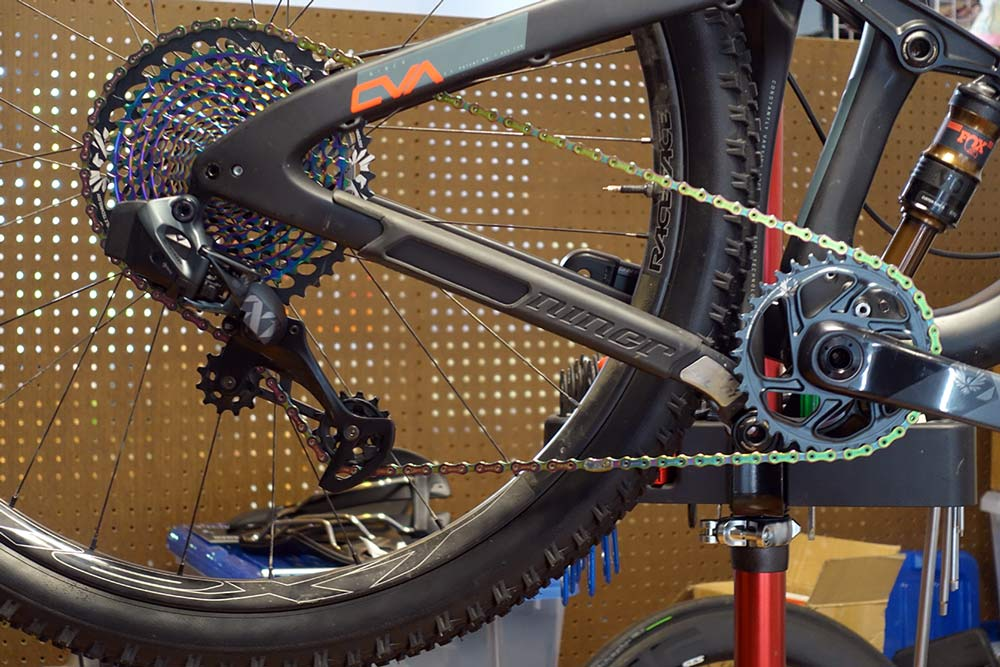 how to measure and shorten a sram eagle chain to the right size