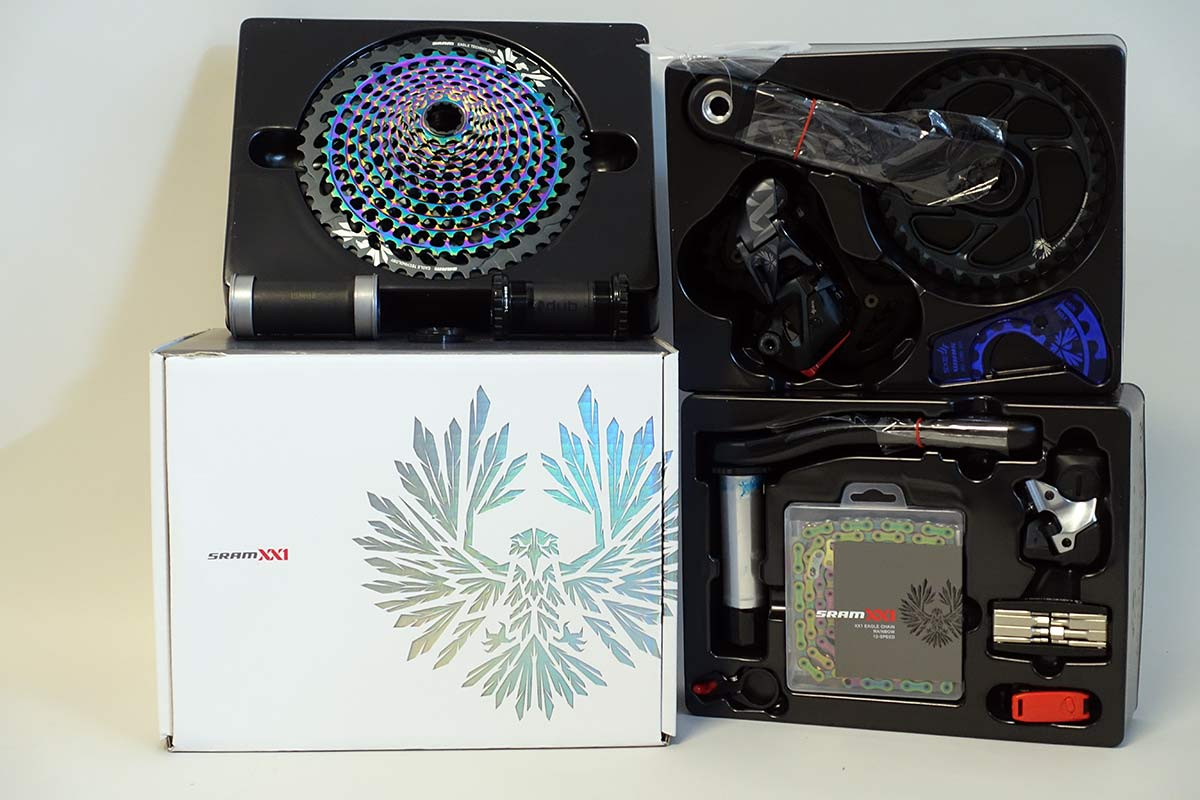 sram eagle axs xx1 and x01 unboxing shows whats in the box