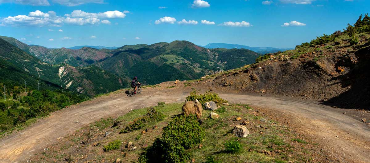 how to plan a cycling trip in the spanish pyrenees mountains for gravel bikes