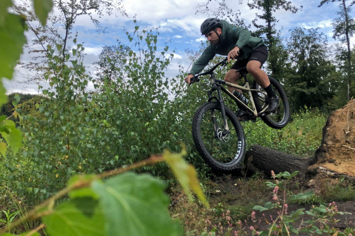 First Rides: 2020 Bombtrack Cale steel MTB trail hardtail