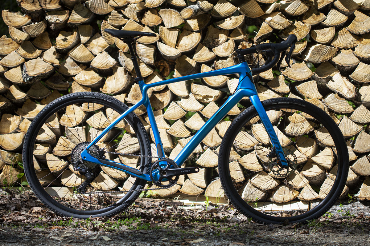 Devinci sharpens the Hatchet with updated gravel geometry, huge tires, & more mounts