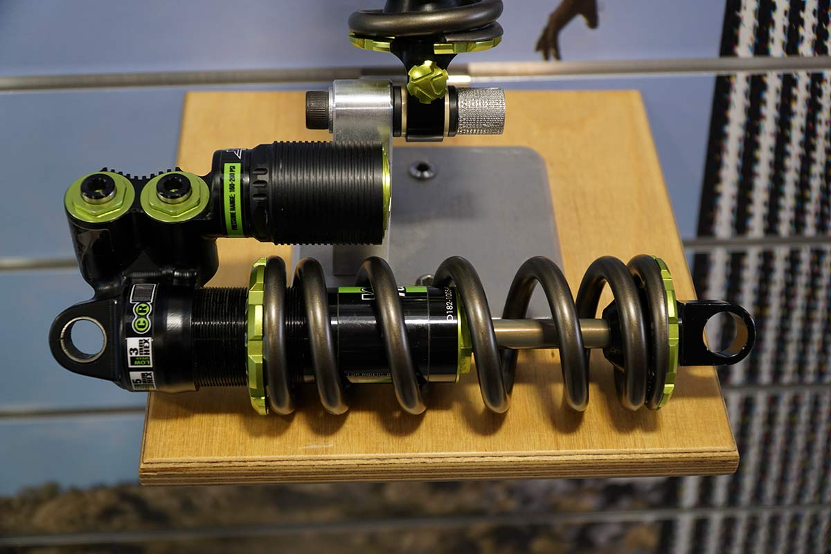 new DVO jade twin gets dual high and low speed compression and rebound adjustments