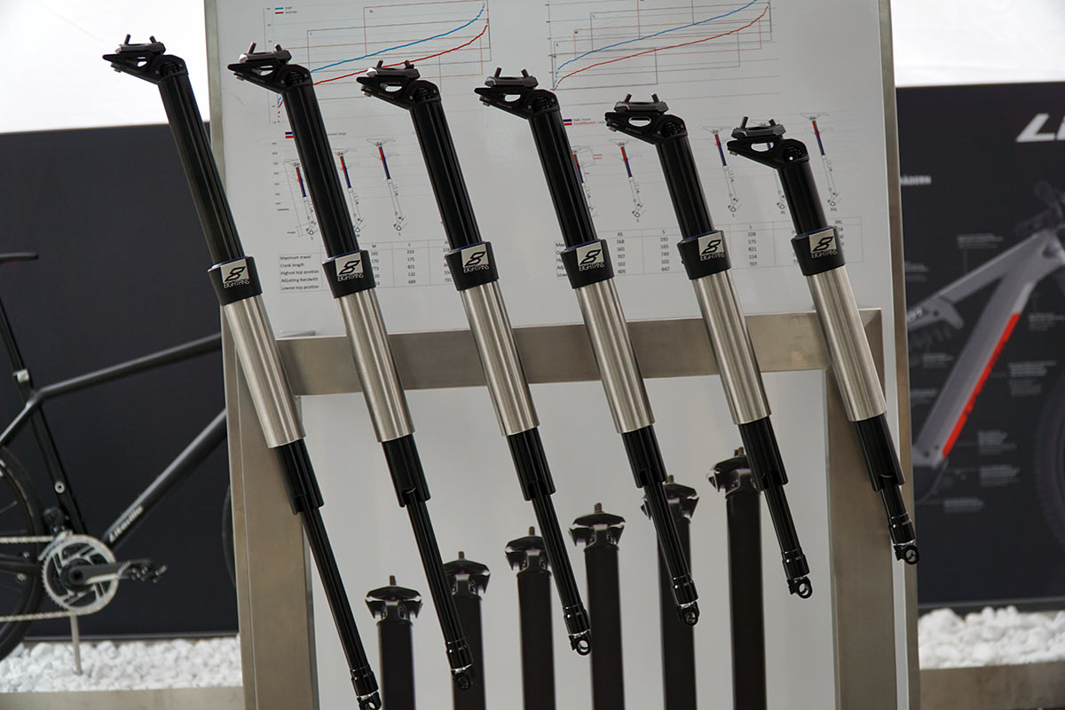 what are the travel and length options for EightPins integrated dropper seatpost