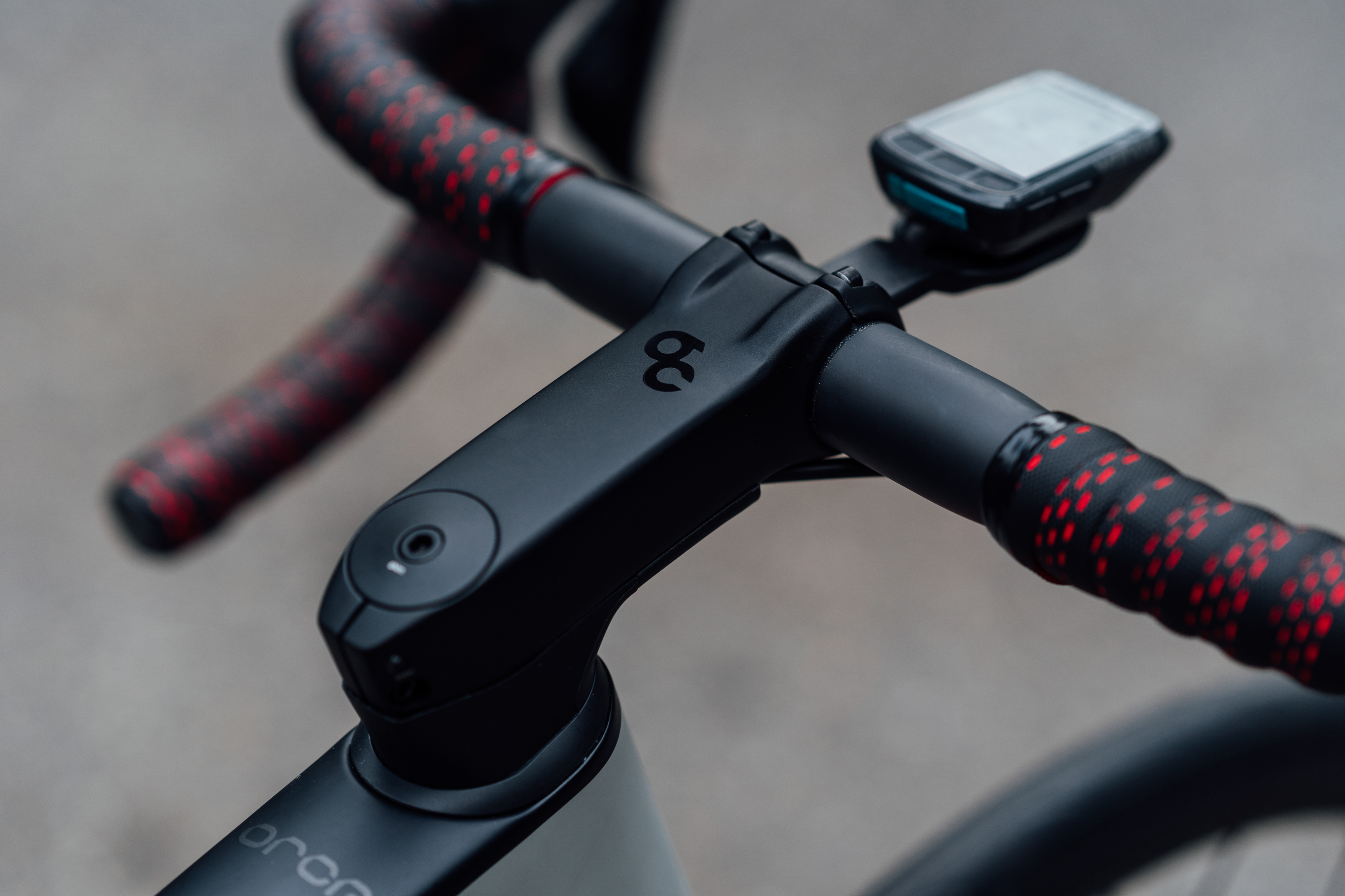 """New Orbea Orca OMX is more aerodynamic, disc brake only, & offers """"street nature"""" style"""