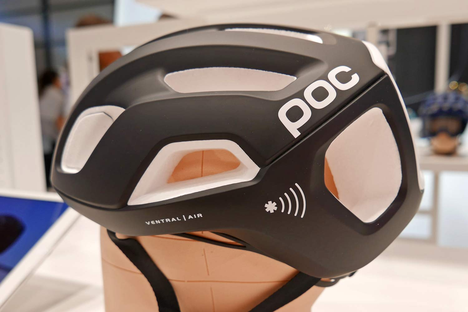 2020 new gravel road bike helmet from POC