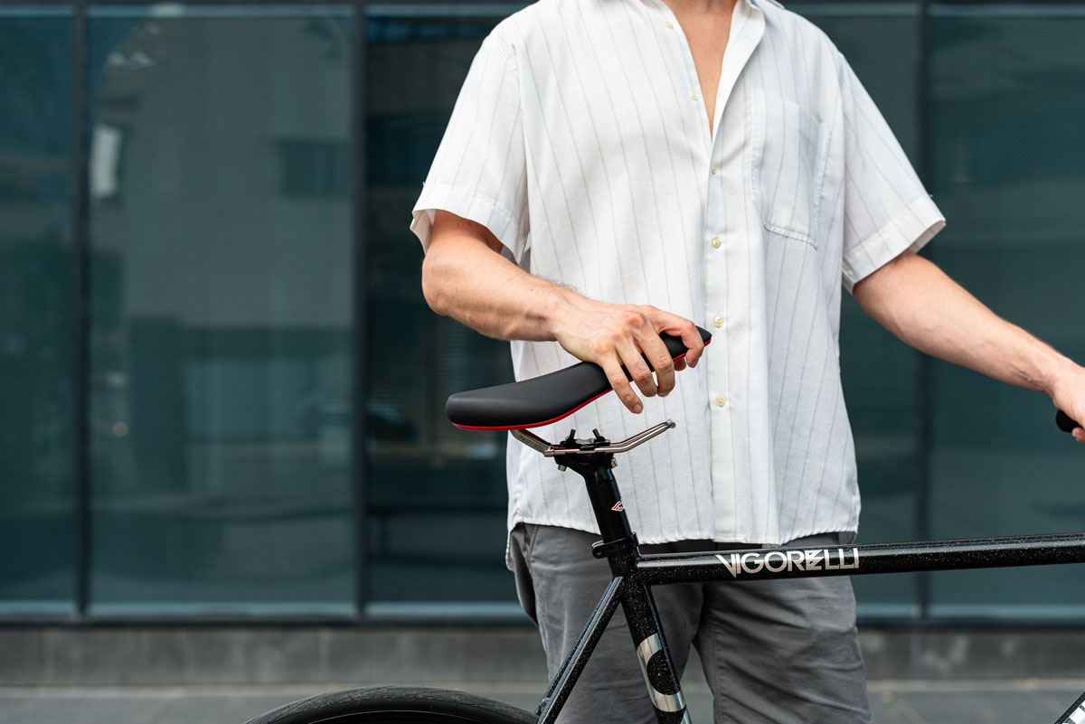 SeatyGo lets you take your saddle but leave the rails for security and ride comfort