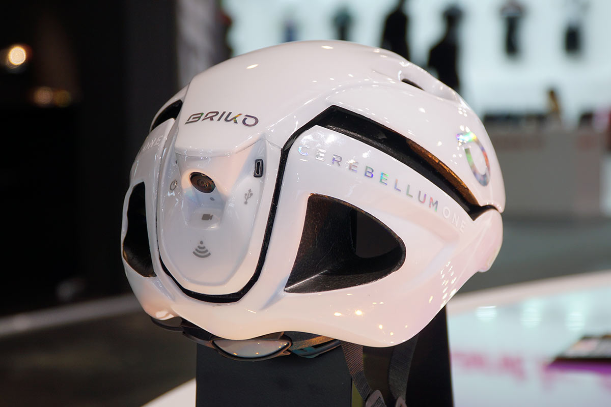 which helmet can record rear facing footage in case of an accident
