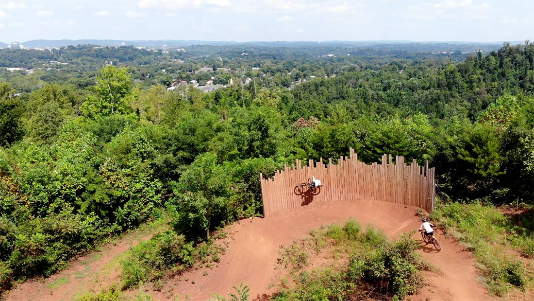 devils racetrack wall ride in knoxville tennessee