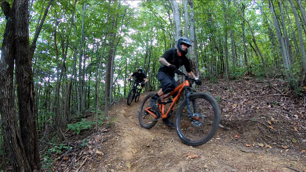 does windrock bike park have enduro and cross country mountain bike trails