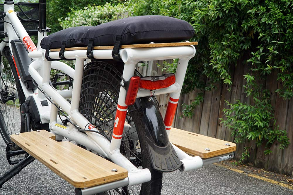 how much weight can a yuba spicy curry e-cargo bike carry