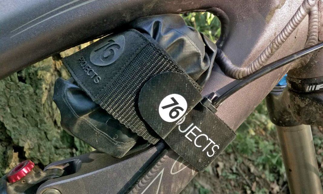 76 Projects Little Piggy Dry Bag storage review, on-bike storage Little Piggy mount Piggy Dry Bag pouch