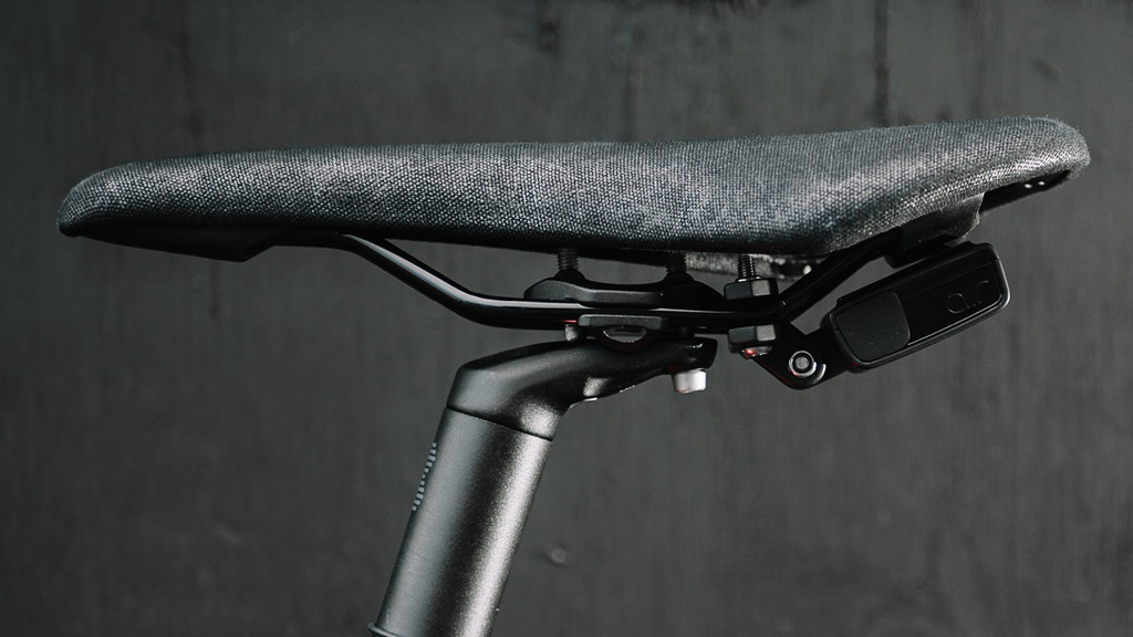See.Sense AIR tracks your bike w/ GPS, innovative app, & 3-month battery