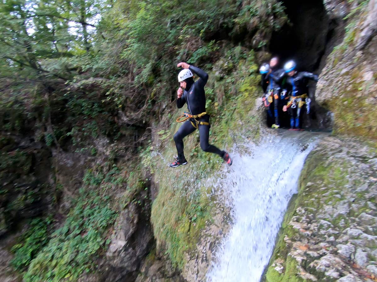 what is canyoning and canyoneering
