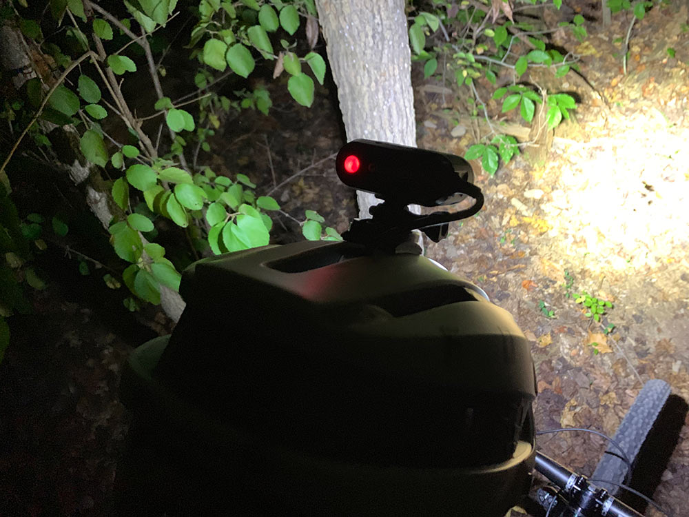 gloworm bike lights have buttons that indicate the battery level