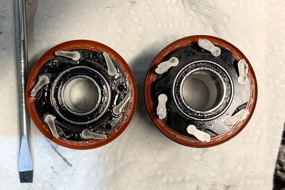 whats the difference between industry nine torch and hydra hubs