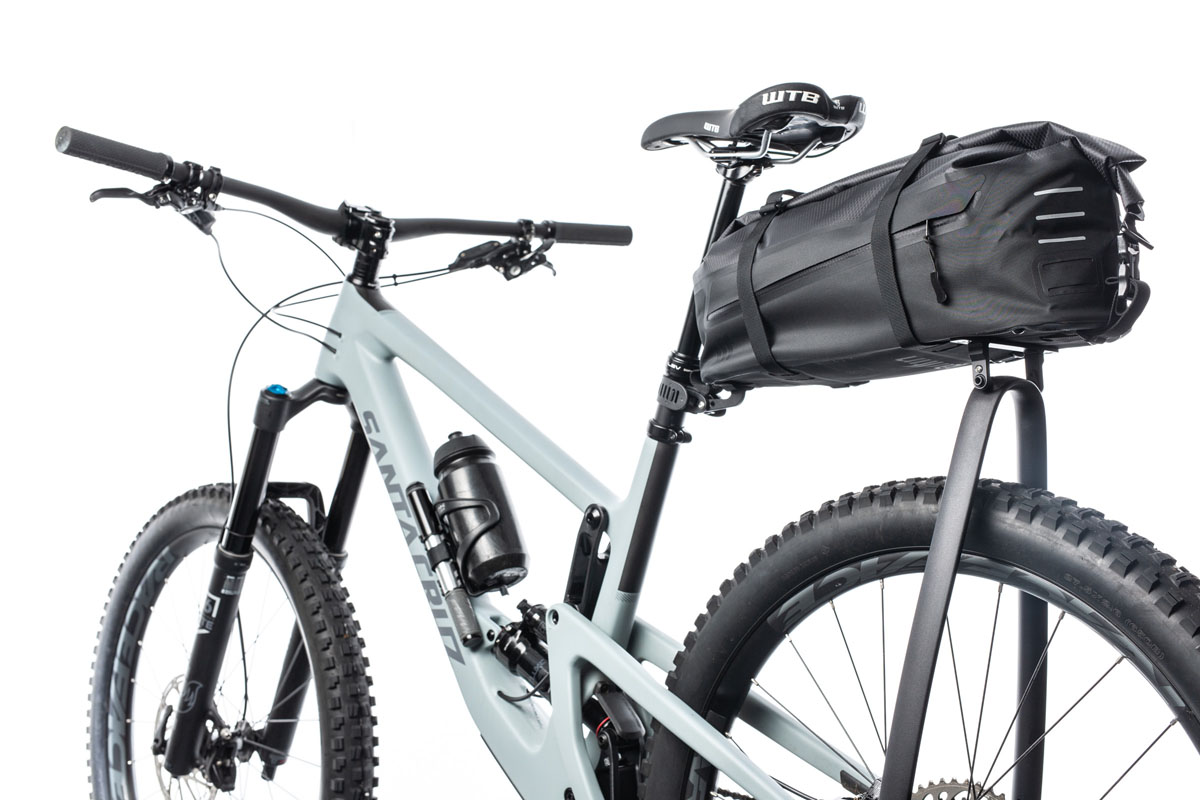 Tailfin Aeropack combines integrated seatpack & aero rack supports for all-in-one gear solution