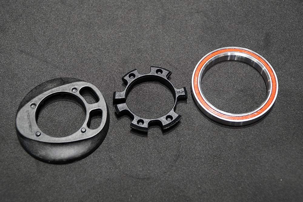 internal cable routing headset system for road bikes from Token
