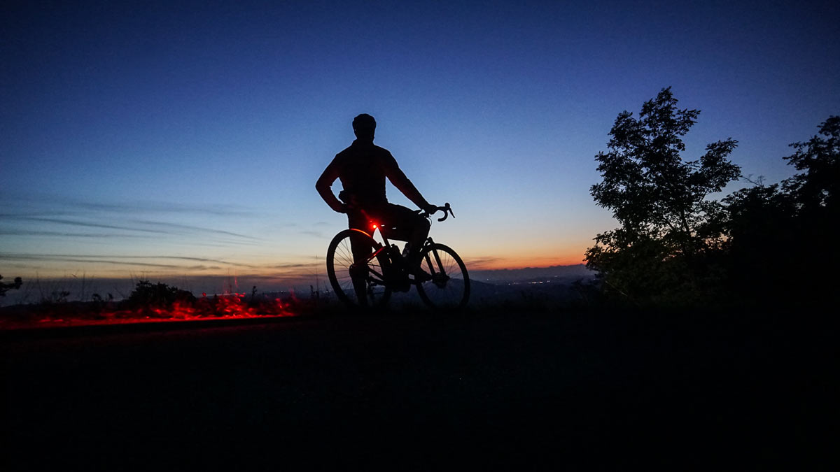 bontrager flare 100 bicycle lights are the perfect minimalist bike light for weight weenies