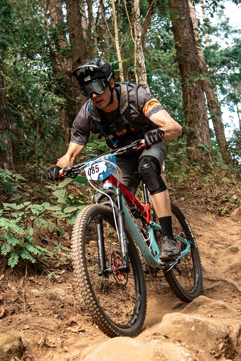 tyler racing the intl chiang mai enduro on vee tires