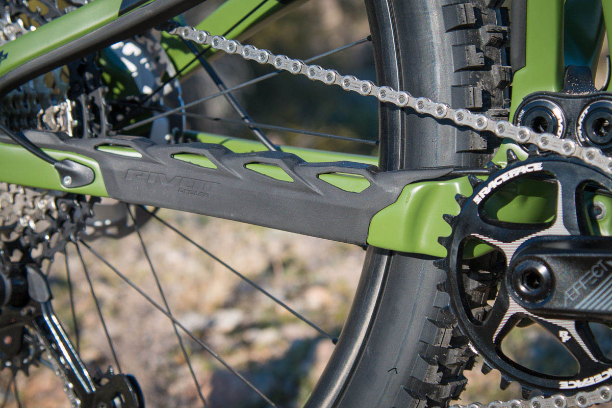Pivot Switchblade Gets Sharper w/ all new frame, more travel, updated geo & Fox Live