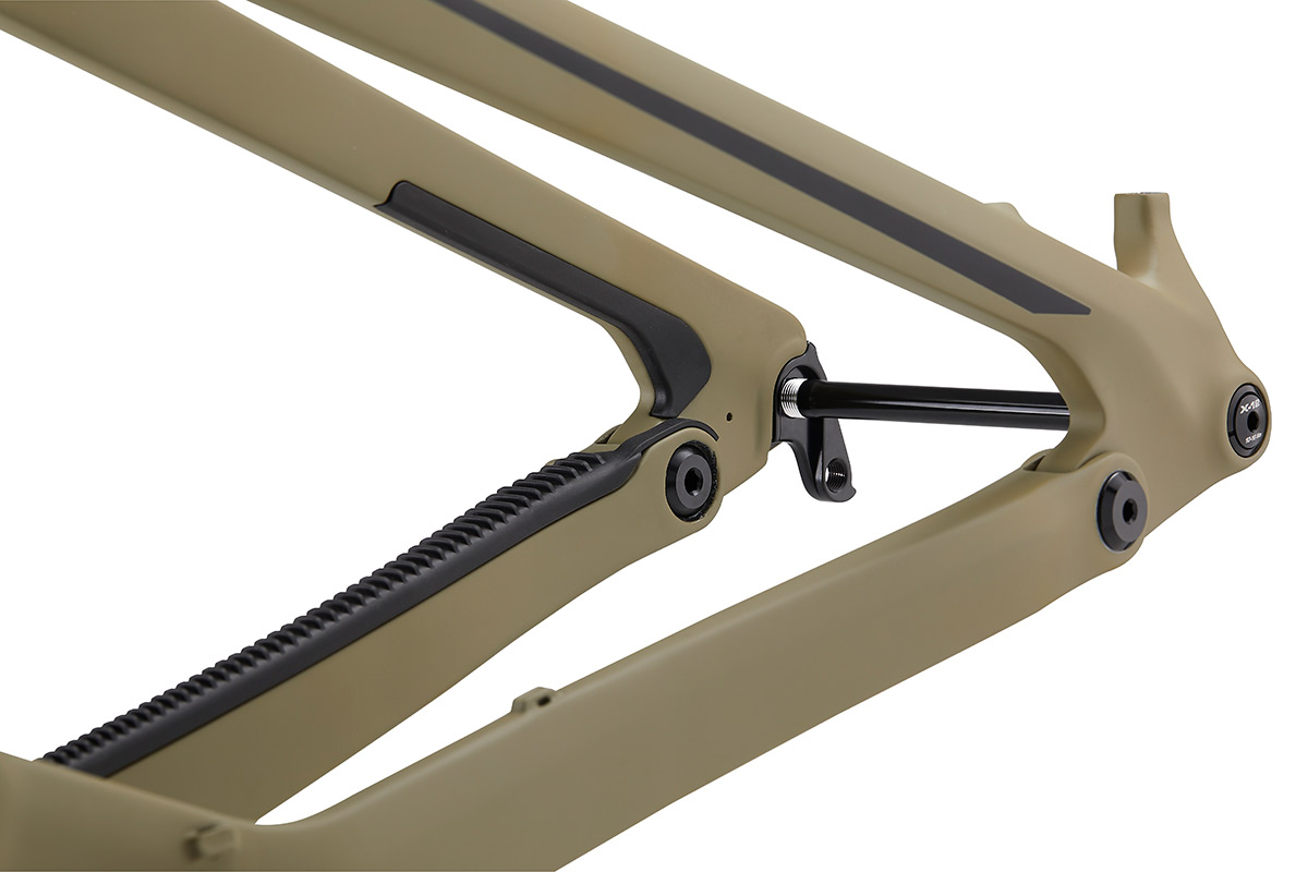 chain-stay-protector-carbon-frame-mtb
